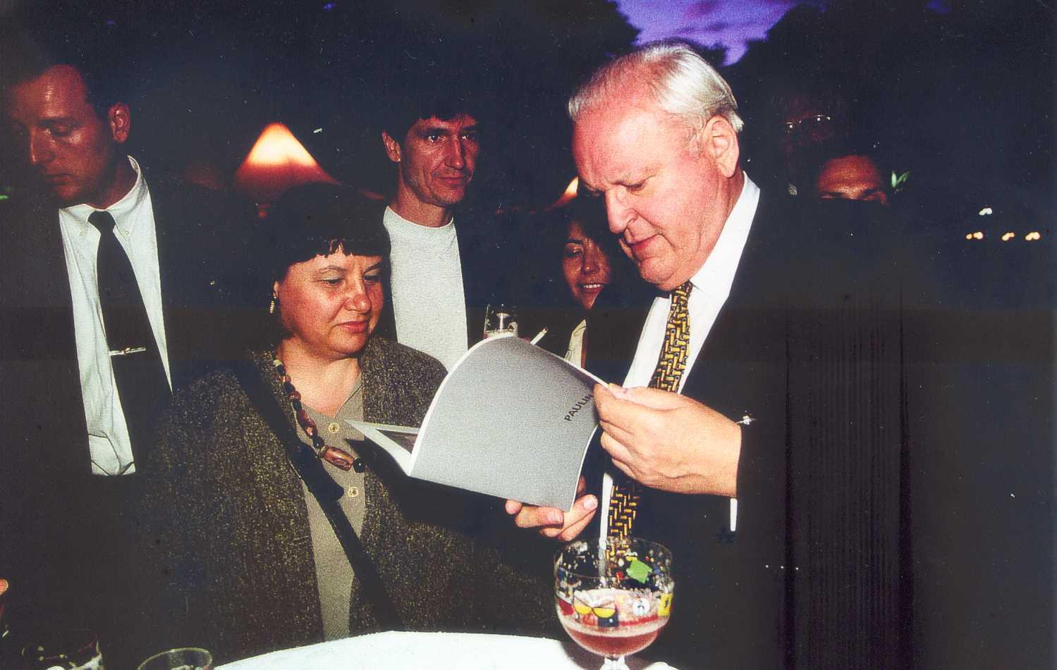 Paulina Mihai + Bundespräsident Roman Herzog Schloß Bellevue